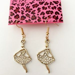 Betsey Johnson Earrings White and Gold  Dressy
